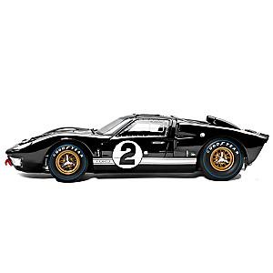 1:18-Scale 1966 Ford GT-40 Diecast Replica Car: Black